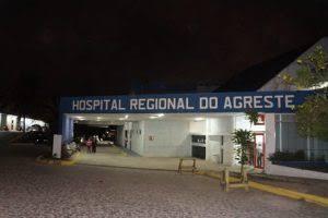 Morre em troca de tiros com a polícia, acusado de tomar carro de assalto, em Caruaru