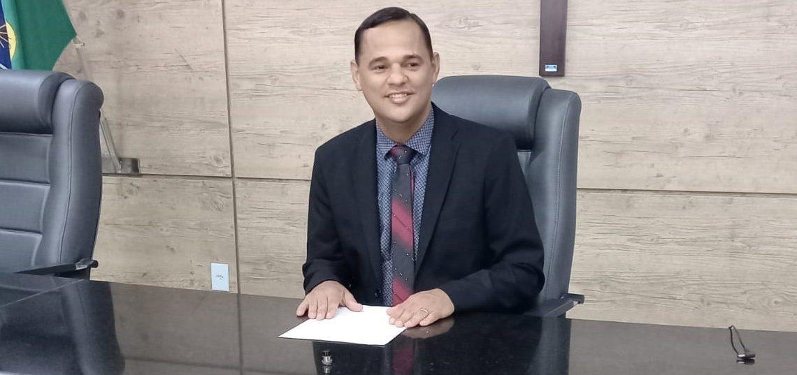 Vereador Irmão Ronaldo propõe 'Soletrando' para escolas públicas de Caruaru