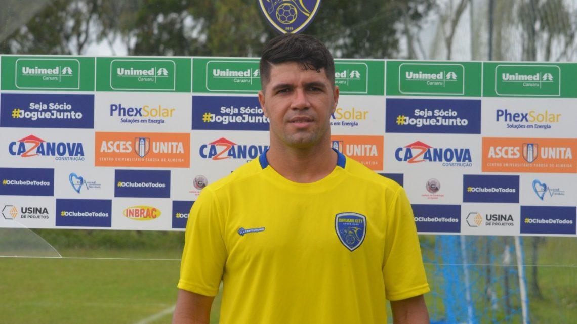 Caruaru City comemora 6 anos de existência e contrata o atacante Candinho para a Série A2-PE