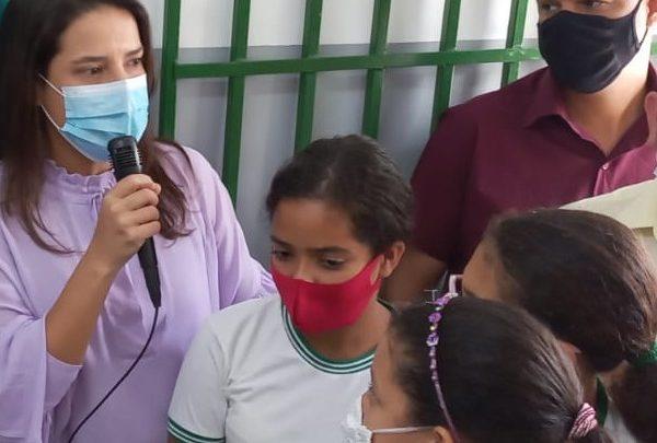 Vereador Irmão Ronaldo acompanha Raquel Lyra na entrega da requalificação da escola da Vila do Murici